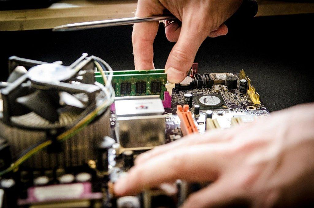 service, des ordinateurs, réparation